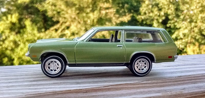 Illustration for article titled Wagon Wednesday - JL Chevy Vega
