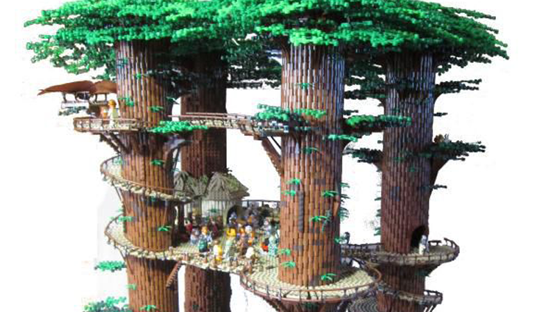Illustration for article titled Fan Builds Huge 3-Foot Tall Star Wars Ewok Village