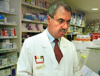 Illustration for article titled Christian Science Pharmacist Refuses To Fill Any Prescription