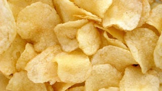 Illustration for article titled Why Is The Vinegar On Your Salt And Vinegar Potato Chips A Powder?