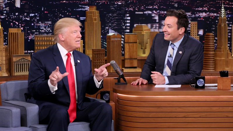 Illustration for article titled Jimmy Fallon regrets tousling Trump's hair on The Tonight Show