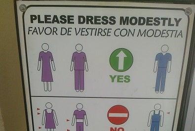 Illustration for article titled Help me find a modest dress!