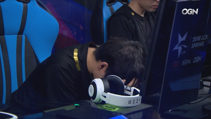 Illustration for article titled Korean League of Legends Team Dealt An Emotional Loss On Road To Playoffs