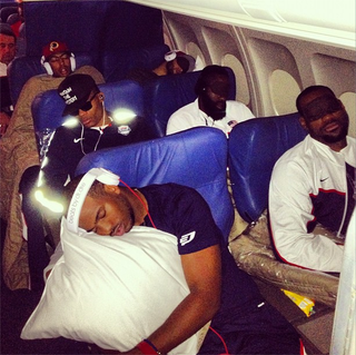 Illustration for article titled This Photo Of Team USA Sleeping On An Airplane Is The Best Thing Today