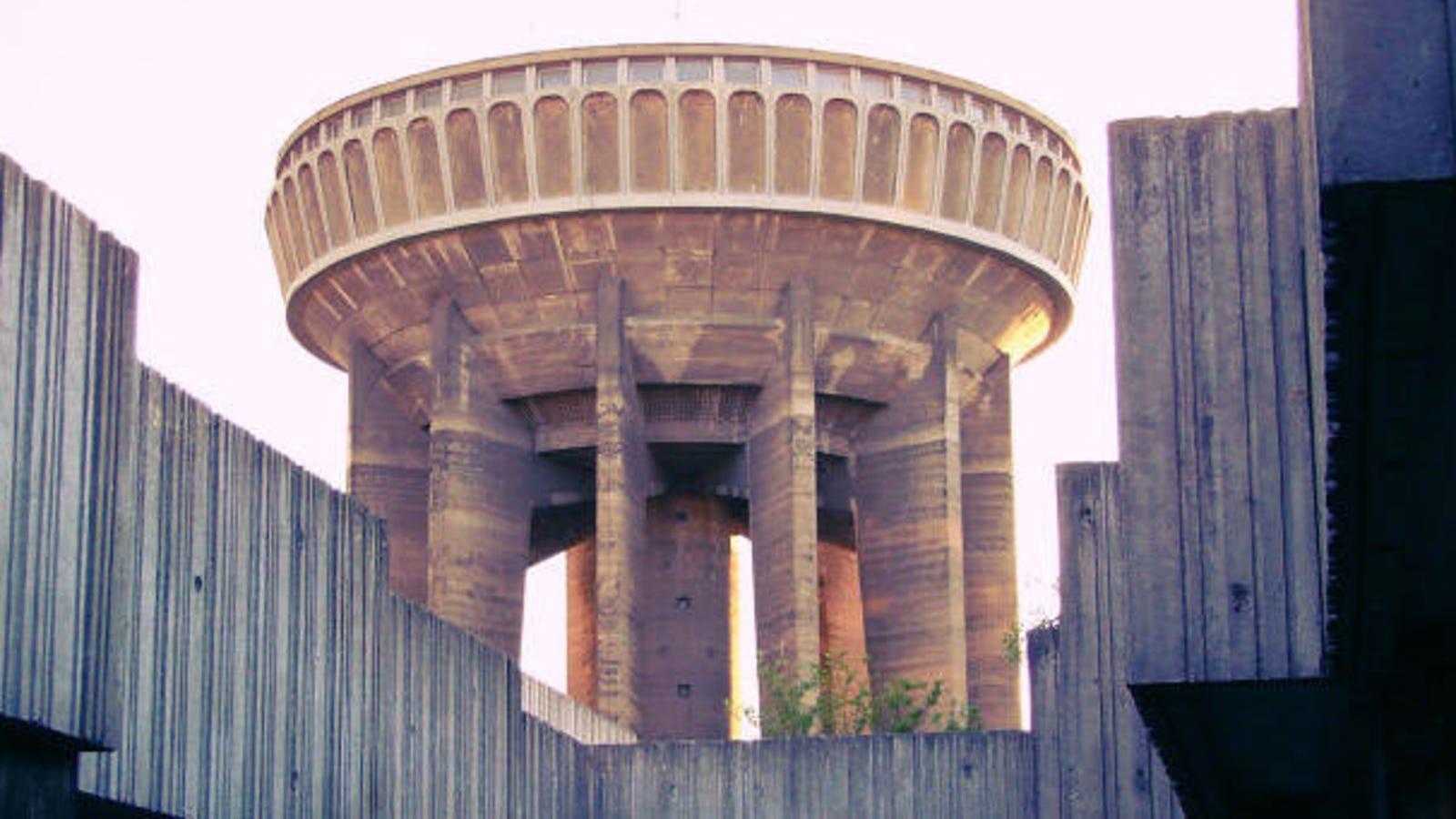 Algunas de las torres de agua más extrañas creadas por la ingeniería