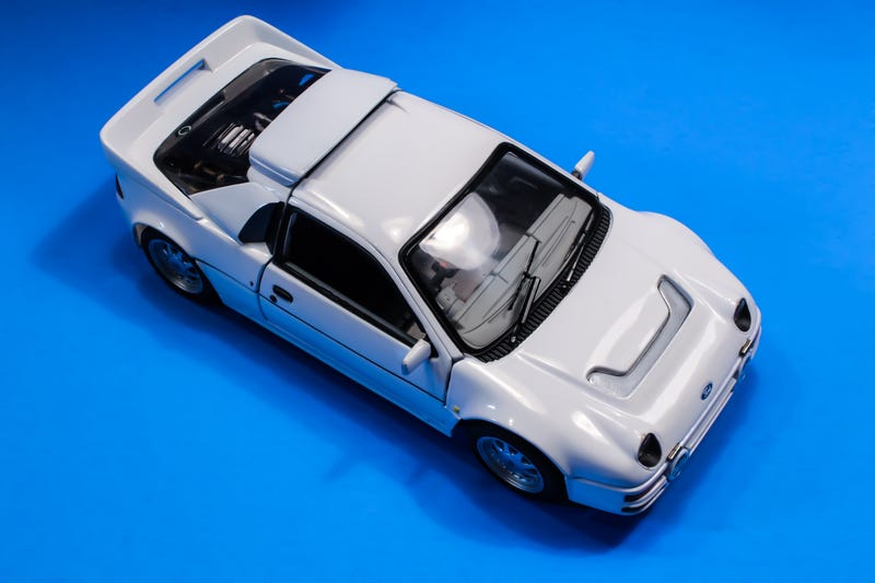 Illustration for article titled Ricko 1:18 scale Ford RS200