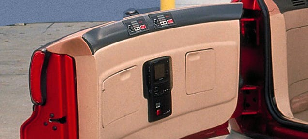 Oldsmobile Made A Giant Wagon With Built-In Nintendo In 1990