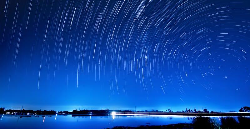 Illustration for article titled Cómo ver esta noche la lluvia de meteoros de las Líridas