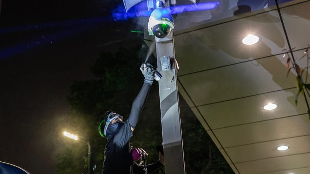 Hong Kong Announces Ban on Masks and Face Paint That Helps Protesters Evade Facial Recognition