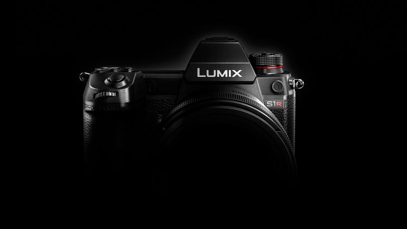 Illustration for article titled Panasonic Teases its First Full-Frame Cameras: The Lumix S1 and S1R
