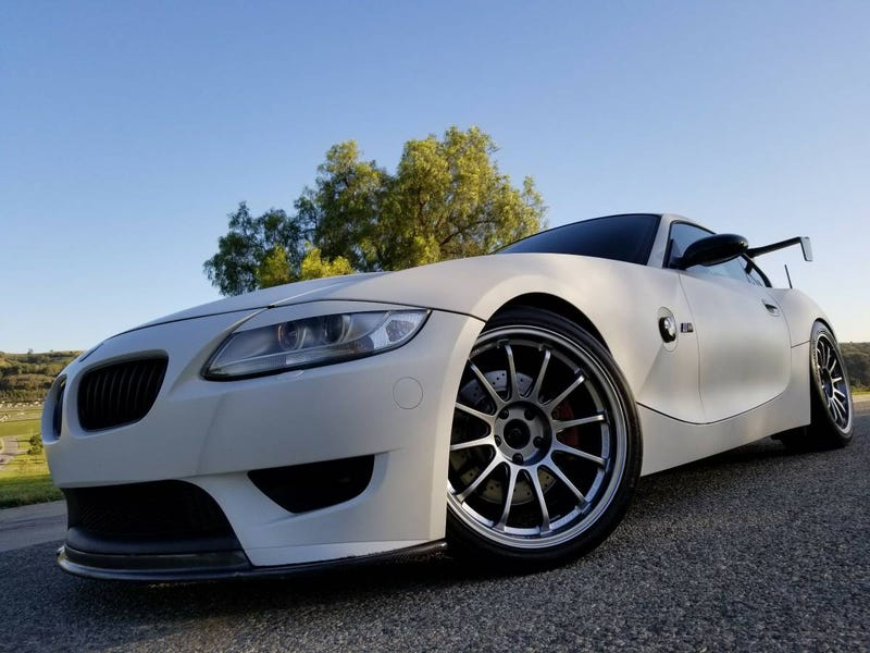 Illustration for article titled At $27,999, Does This 2006 BMW Z4 M Coupé Have A Wing And A Prayer?