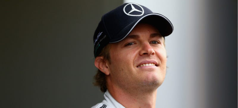 Illustration for article titled Nico Rosberg Smacks Lewis Hamilton's Car And Now Everyone Is Pissed