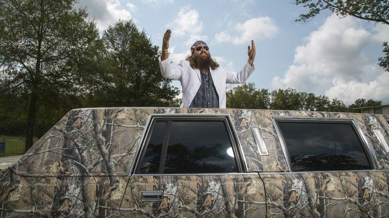 Illustration for article titled Figure out what everybody else you know is talking about with a Duck Dynasty marathon