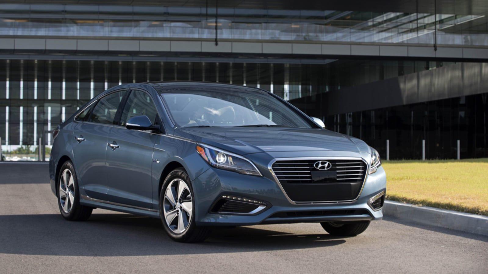Hyundai Sonata: If you have a flat tire