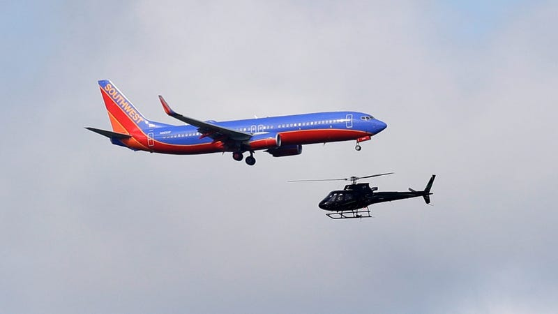 Illustration for article titled Southwest Airlines Flight Makes Emergency Landing In Cleveland Due to Cracked Window