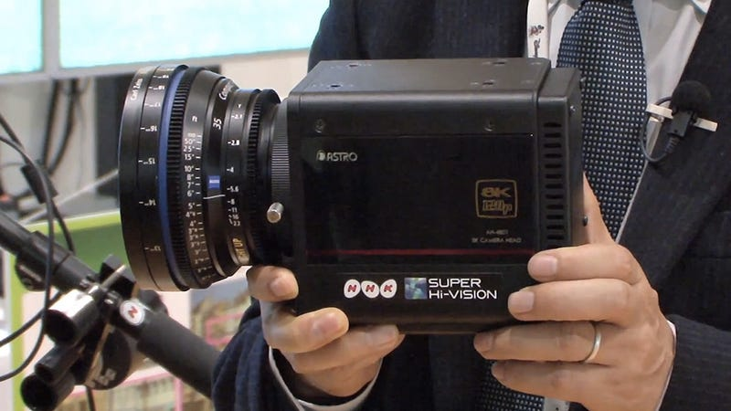 Illustration for article titled This Compact Camera Captures Glorious 8K Ultra HD Footage