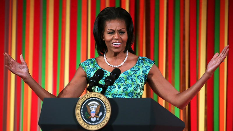 Illustration for article titled Michelle Obama's Arms Are Causing a Fashion Riot