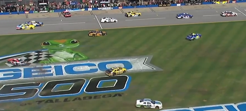 Illustration for article titled NASCAR Xfinity Race Shows How Not To Get Into Pit Lane