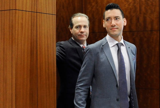 Anti-Abortion Activists Behind Secret Planned Parenthood Videos Charged with 15 Felonies [Updated]
