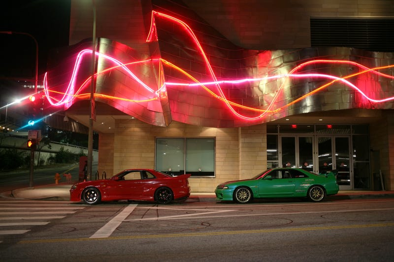 Illustration for article titled R34s and R33s take Downtown LA