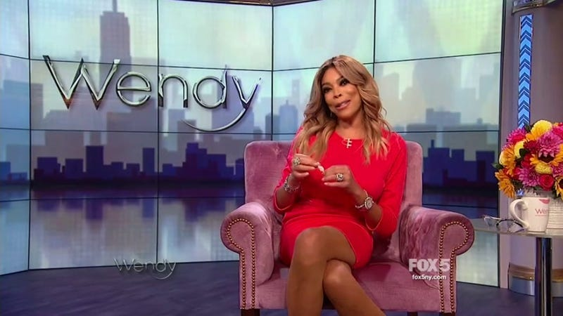 wendy williams flashes wedding ring in defense of her husband 39 i stand by my guy 39. Black Bedroom Furniture Sets. Home Design Ideas