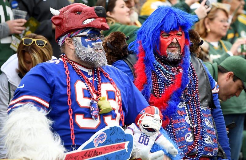 Some live Bills fans.