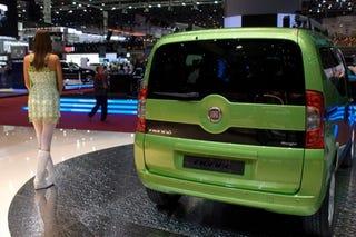 Illustration for article titled Fiat Fiorino Passenger MPV Revealed