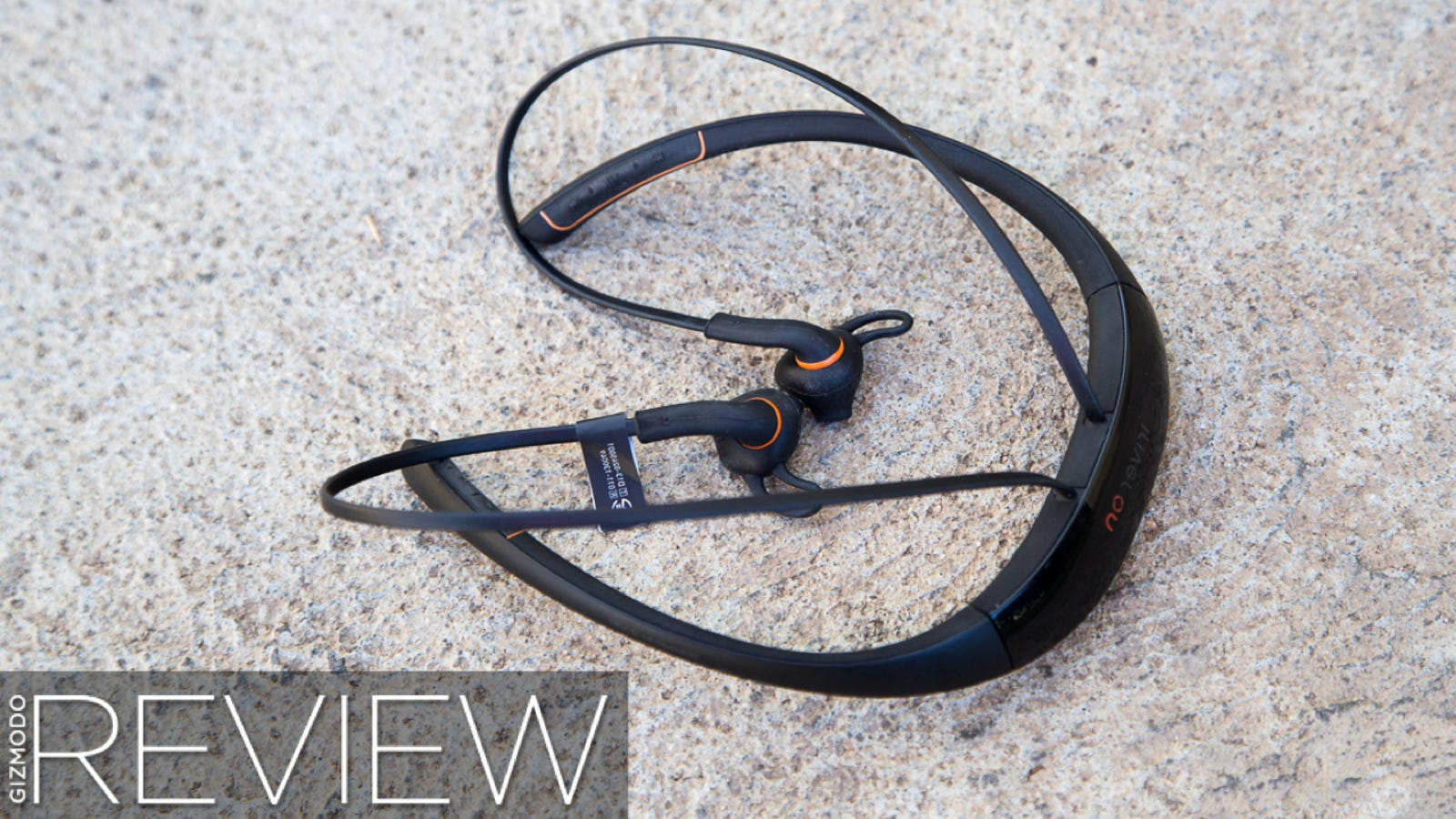 wireless headphones dash - iRiver On Review: When Bad Apps Ruin Great Fitness Gadgets
