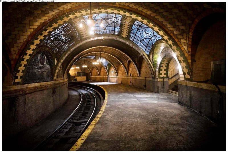 How To See New York S Secret City Hall Subway Stop