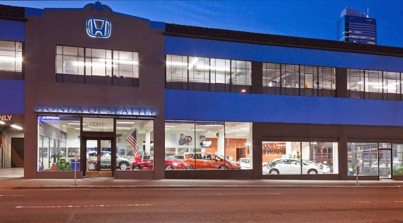 Illustration for article titled A Seattle Dealer Is Trying A Tesla Sales Model For Regular Cars