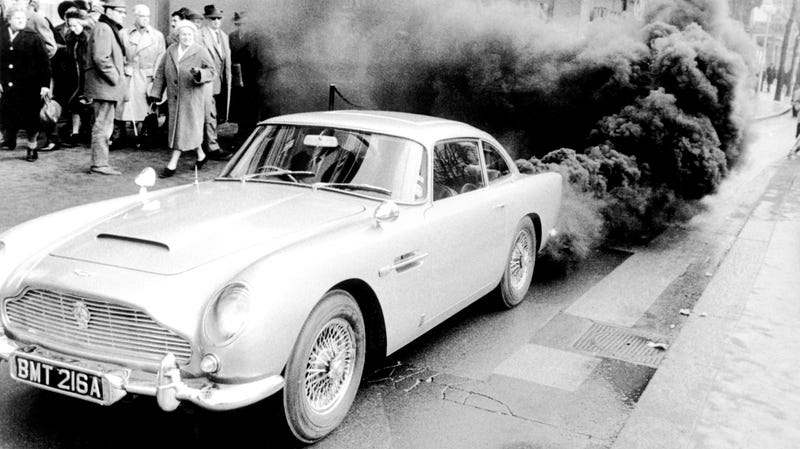 Illustration for article titled The Stolen Aston Martin DB5 From Goldfinger Might Be at a 'Specific Location' in the Middle East