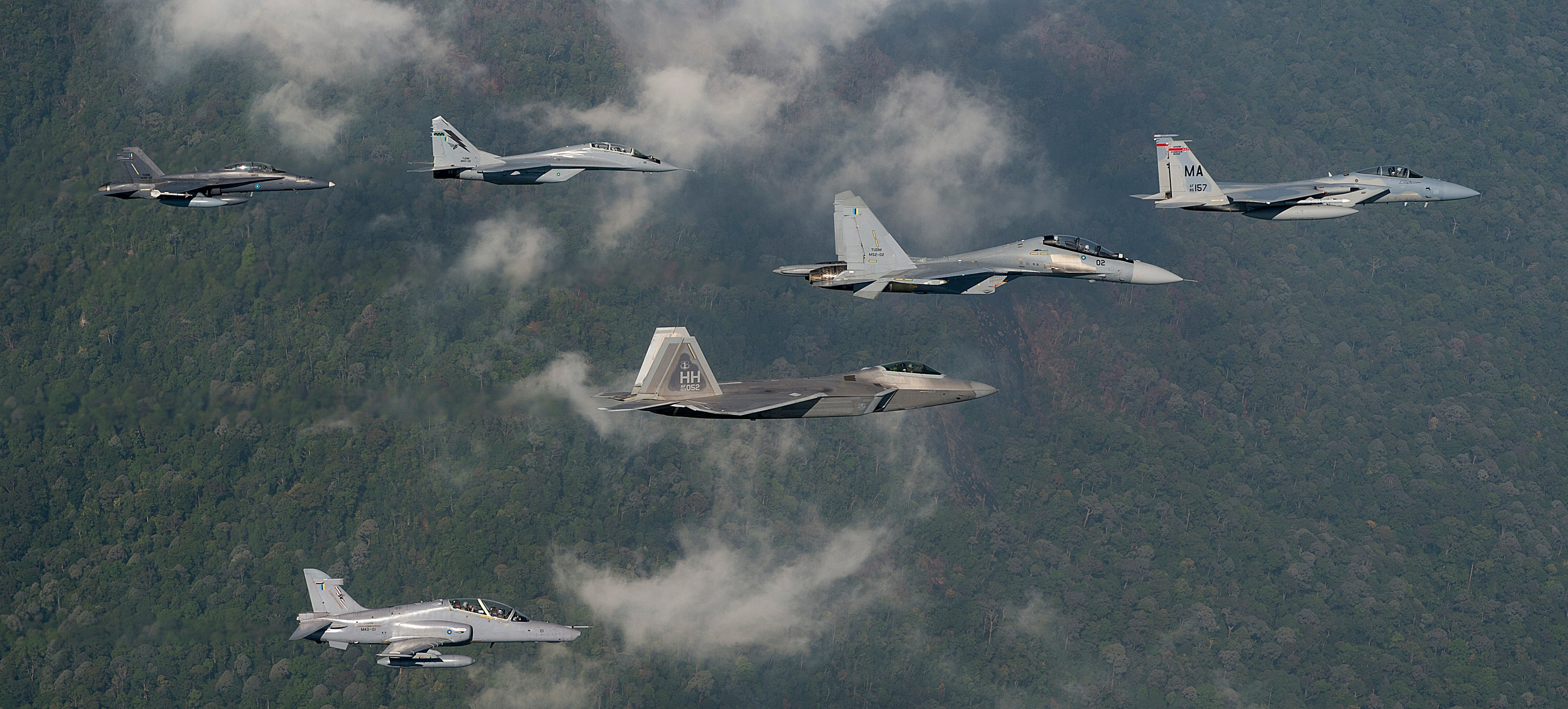 Tyler Car And Truck >> US Air Force's F-22s & F-15s Just Battled One Of Their Most Feared Foes