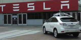 Illustration for article titled Can Google Overcome Tesla's Roadblocks?