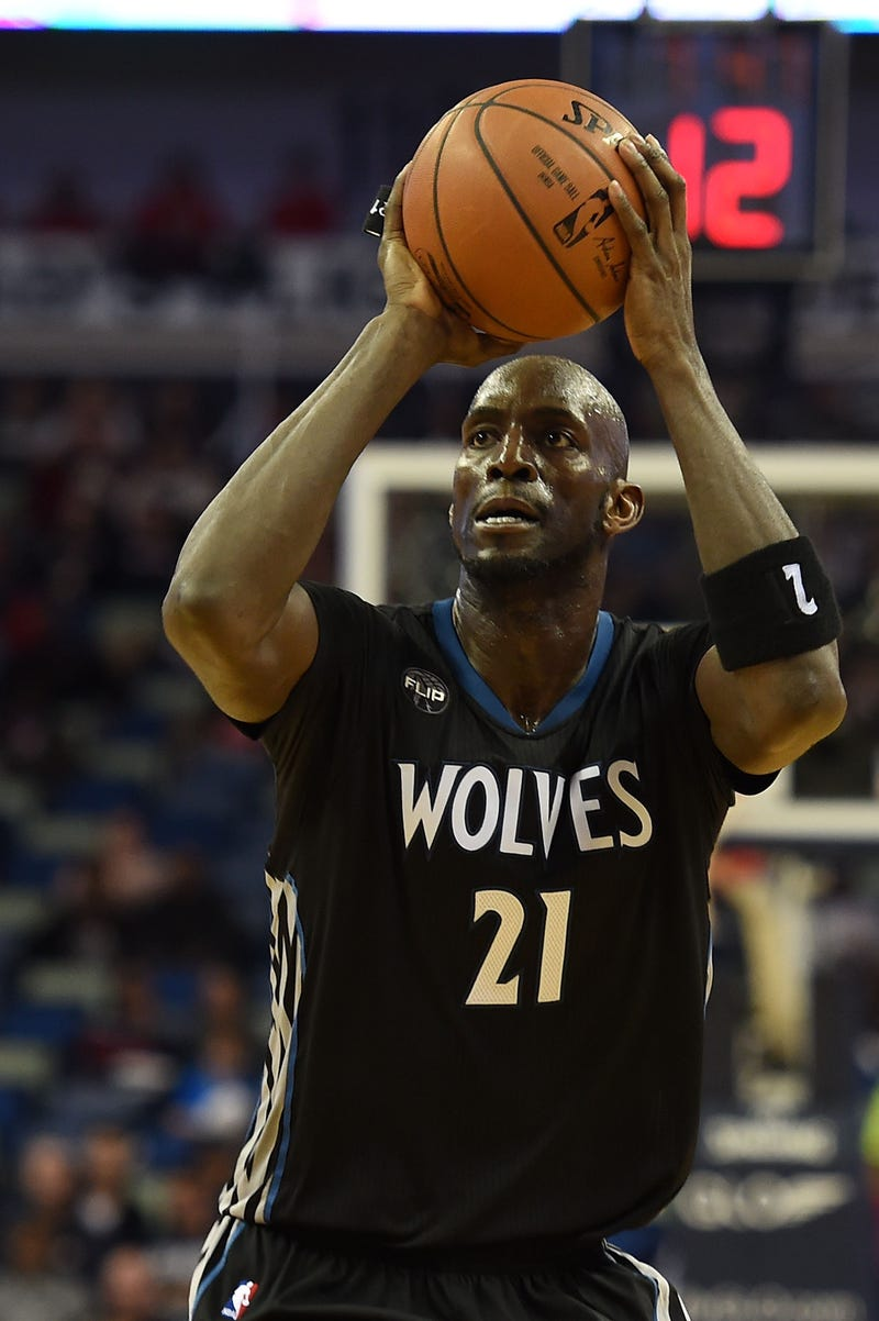 Kevin Garnett of the Minnesota Timberwolves takes a shot during the second half of a game against the New Orleans Pelicans at the Smoothie King Center on Jan. 19, 2016, in New Orleans. Stacy Revere/Getty Images