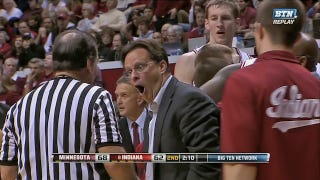 Illustration for article titled Indiana Basketball Coach Tom Crean Makes Funny Faces When He's Angry
