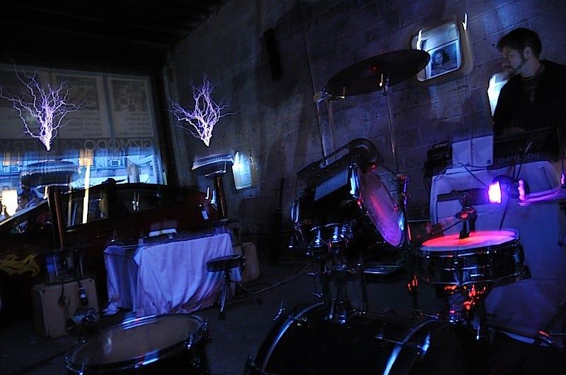 Illustration for article titled ArcAttack: Lightning-Proof Musicians Share Their Tesla Coil Secrets