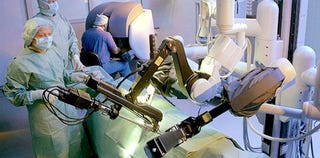 Illustration for article titled Would You Trust Robots With Prostate Surgery?
