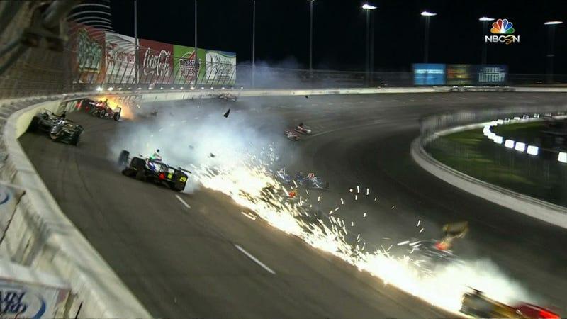 Illustration for article titled Only 11 Cars Left In Race After Gigantic IndyCar Crash At Texas Motor Speedway