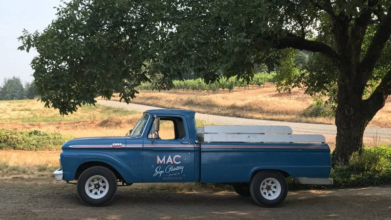 Illustration for article titled At $4,500, Could This 1964 Ford F100 Pickup Turn You Into The Mac Daddy?