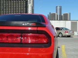 Illustration for article titled 2009 Dodge Challenger  SRT-8 Six Speed Caught On Cobo Roof