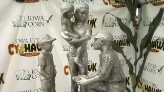Illustration for article titled The Winner Of Iowa-Iowa State Gets This Awful Trophy