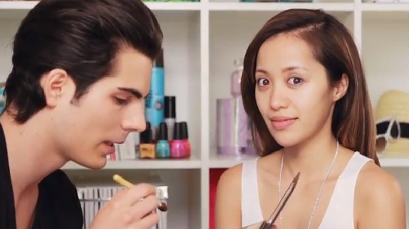 Illustration for article titled YouTube Star Michelle Phan Gets Her Own (Huge) Makeup Line