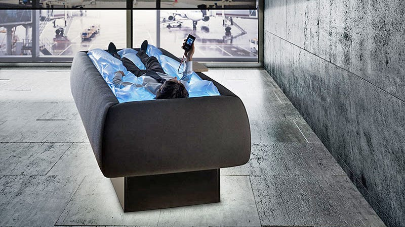 Illustration for article titled A Redesigned Waterbed Makes You Feel Like You're Floating on Air
