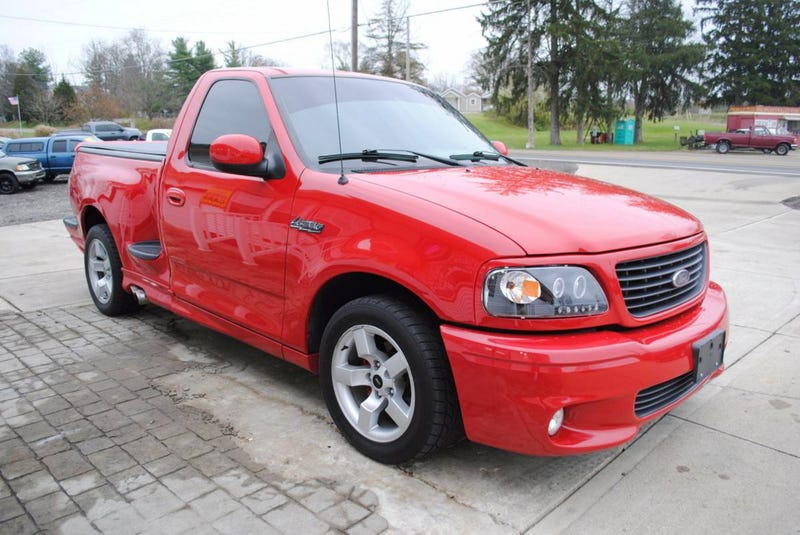 Ford Svt Lightning >> At 13 950 Are You Ready For This Custom 2001 Ford F150 Lightning