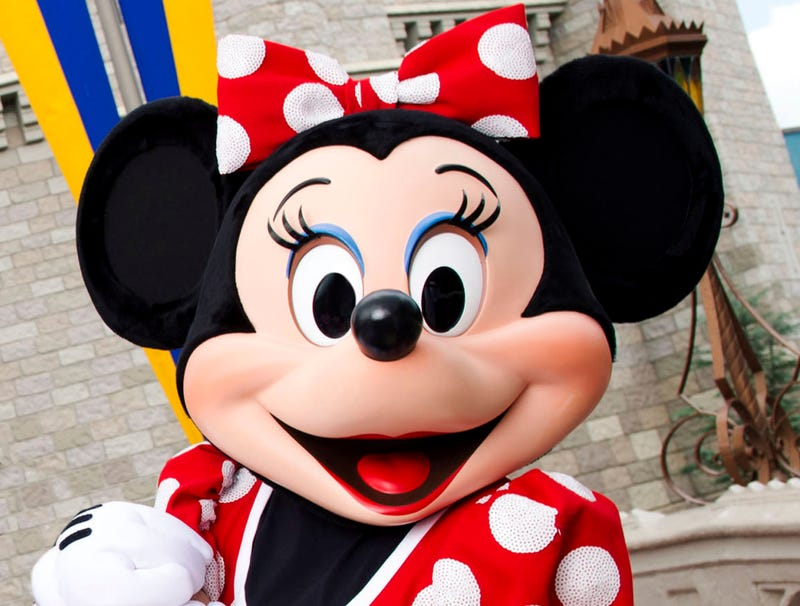 Illustration for article titled Disturbingly Deep Voice Emanates From Minnie Mouse Costume
