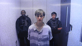 Illustration for article titled Dylann Roof Allowed to Buy Gun Due to a Background Check Failure