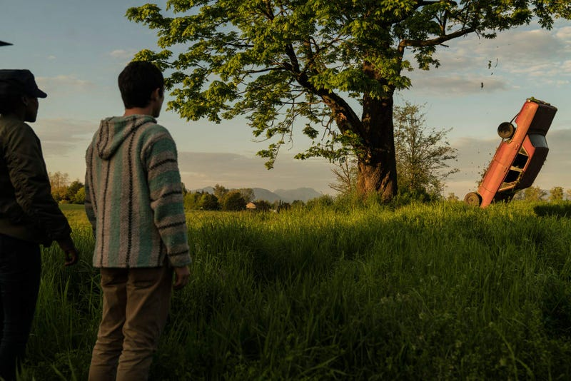 Elijah Wood (left), Jade Eshete (Photo: Ed Araquel)