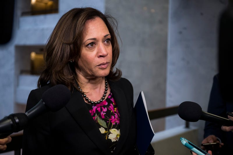 Illustration for article titled Top Aide to Sen. Kamala Harris Resigns After Reports of Settlement in Gender Harassment and Discrimination Case