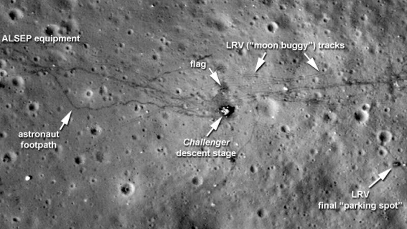 Illustration for article titled Sharpest photographs yet of the tracks humans left on the Moon