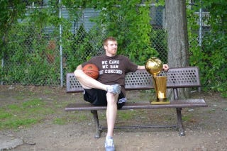 Illustration for article titled Matt Bonner Brings Larry O'Brien Trophy To New Hampshire For A Day